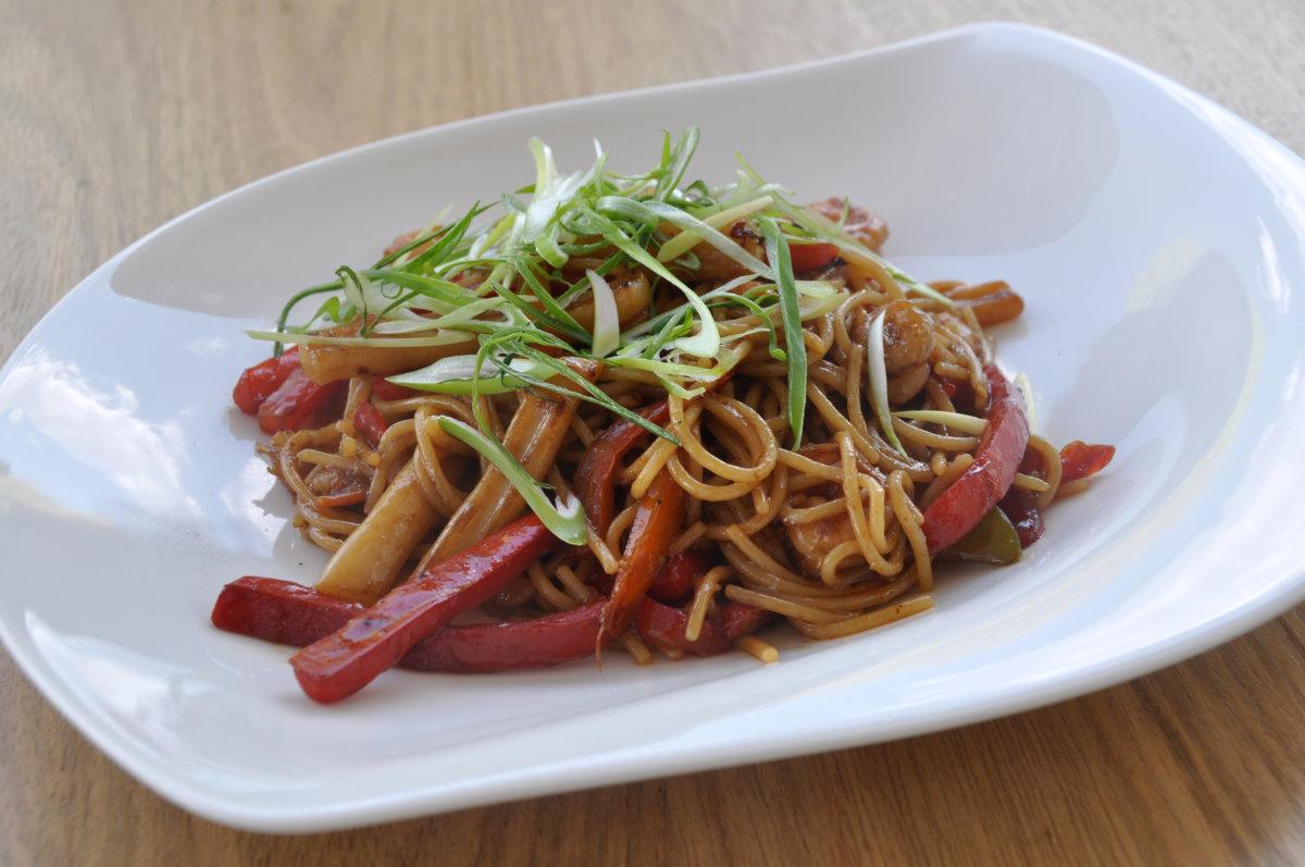 Restaurante Kion Sui_Tallarín saltado